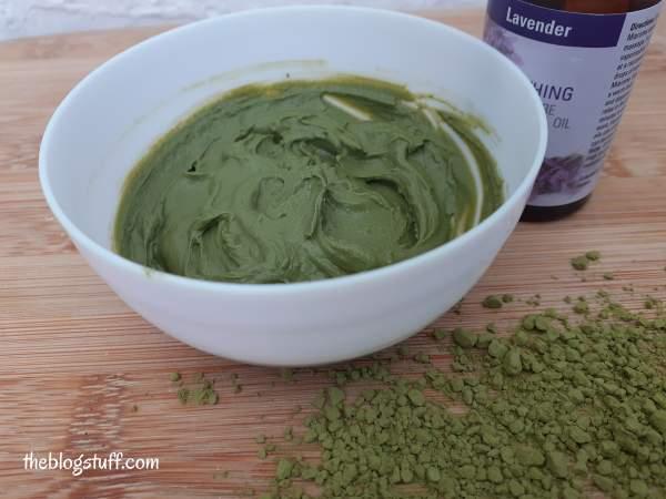 Homemade green tea Matcha powder mask